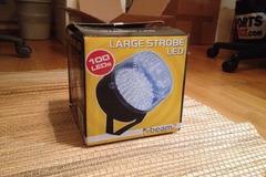 Myydään: LED Strobe Light