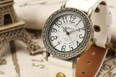 Wholesale Lots: 33 high quality vintage style leather watches