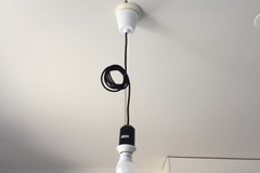 Myydään: Lamp with socket