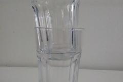 Myydään: 2 glasses