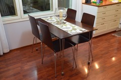 Myydään: 4 person dining table and chairs